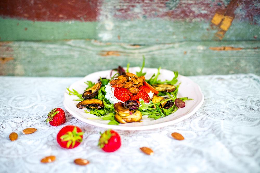 Salat mit Mandeln
