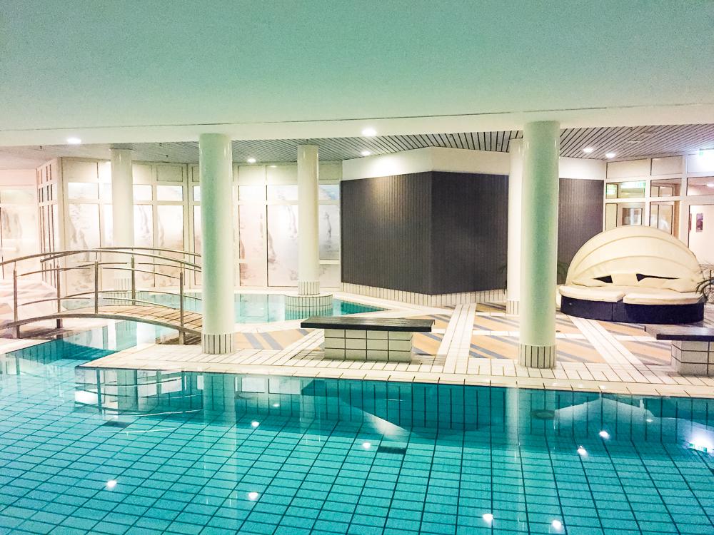 Radisson Blu Dortmund Hotel Pool